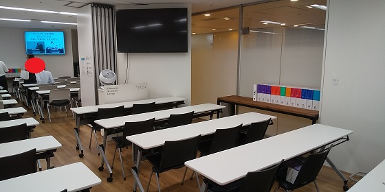 ファイナンシャルアカデミーの画像