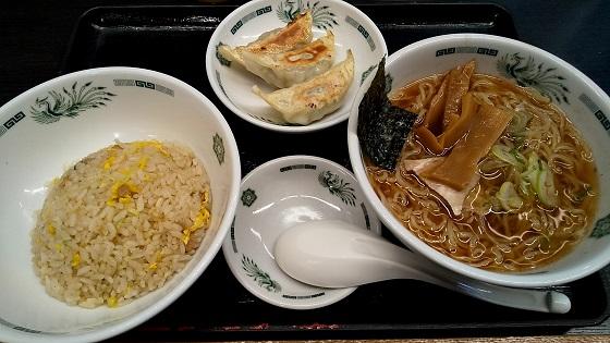 株主優待 ハイデイ日高 日高屋 ラーメン 餃子 炒飯