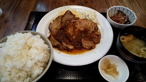 【優待ご飯】SFPホールディングス (3198)のいち五郎で「豚の生姜焼き定食」と「餃子」を食べてきました♪