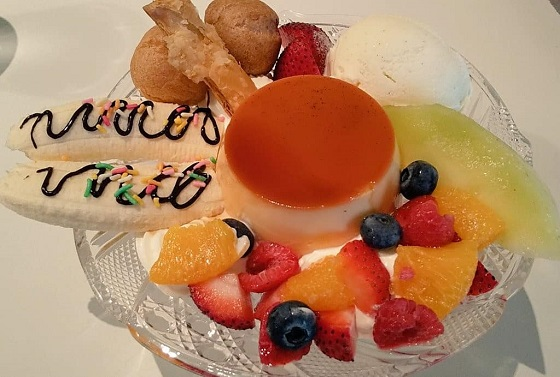 【優待ご飯】バルニバービ (3418)の PARADIS(パラディ)でプリンアラモードを食べてきました♪