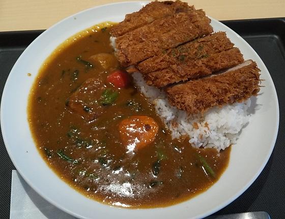 【優待ご飯】松屋フーズホールディングス (9887)の「マイカリー食堂」で「大判ヒレかつ野菜カレー(大盛り・中辛) 」を食べてきました♪