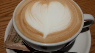 【優待ご飯】クリエイト・レストランツ・ホールディングス[クリレス] (3387)の「カフェハドソン」で「カフェラテ(Hot)」を飲んできました♪