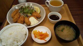 【優待ご飯】すかいらーくHD(3197)の「ジョナサン」で「広島県産牡蠣フライ定食(6個)」を食べてきました♪