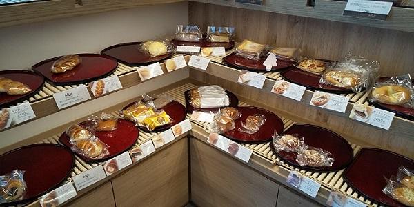 【優待ご飯】大庄 (9979)の「MIYABI Cafe&Bakery」で「MIYABIハニートースト」を食べて、「あんぱん、コロッケパン」を持ち帰りしました♪