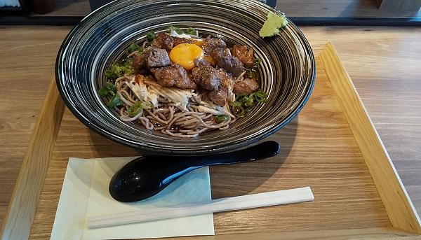 【優待ご飯】アークランドサービス(3085)の「東京とろろそば」で「ごろごろ牛肉ステーキとろろそば」を食べてきました♪
