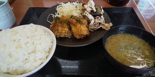 【優待ご飯】アークランドサービス(3085) の「からやま」で「青唐辛子からあげと豚しゃぶ定食」を食べてきました♪