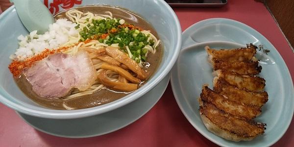 【優待ご飯】丸千代山岡家 (3399)の「ラーメン山岡家」で「期間限定メニュー 鬼煮干しラーメン+餃子セット」を食べてきました♪
