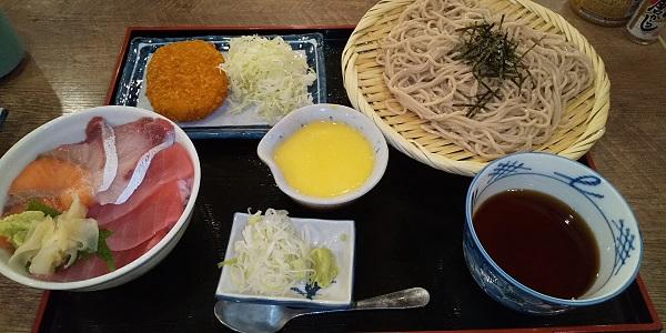 【優待ご飯】SFPホールディングス (3198)の「磯丸水産」で「海鮮小丼ぶりとそばセット」を食べてきました♪