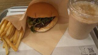 【優待ご飯】ユナイテッド&コレクティブ (3557)の「the 3rd burger(ザ サード バーガー)」で「クレソンバーガーセット(ポテト、アーモンドスムージー)」を食べてきました♪
